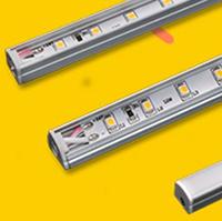 Pienikokoinen mangneetti kiinnitteinen hyllyvalaisin 900mm (Suoraa alas,12V, kiinnitys muuhunkin kuin metalliin.